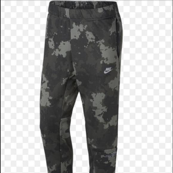 8004ee9a697 Nike Pants | Air Max Jogger | Poshmark